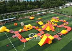 30x28m giant inflatable floating water island for summer water parties use