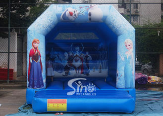 China Commercial grade kids frozen bouncy castle with roof made of 610g/m2 pvc tarpaulin supplier